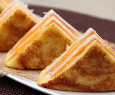 bánh mì kẹp pho mát