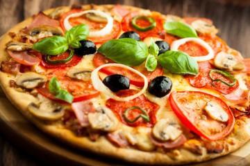 Cách làm bánh pizza tại nhà