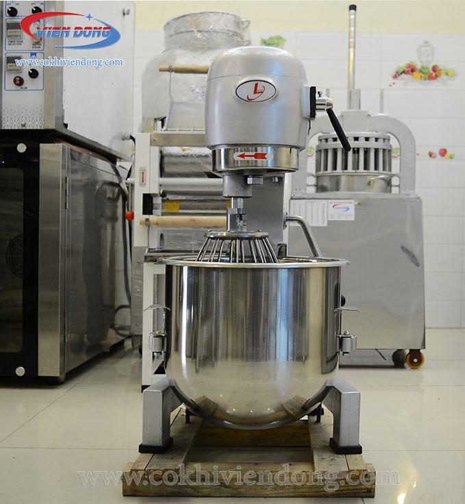 Máy trộn bột đánh trứng công nghiệp 01