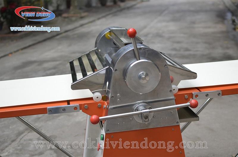 Máy cán bột 2 chiều NFQ-520