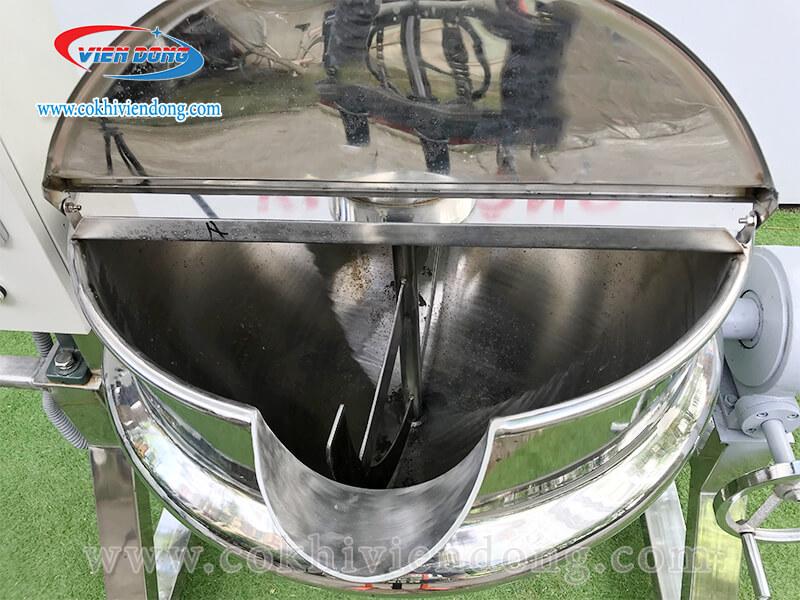 chảo xào nhân bánh trung thu dùng gas