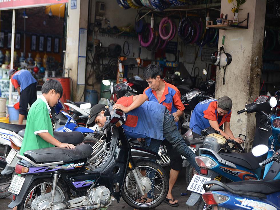 nghề sửa chữa xe máy