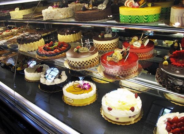 tủ trưng bày bánh kem 3
