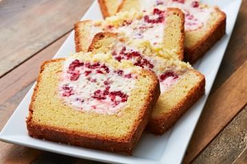 Bột làm bánh bông lan là bột gì? Các loại bánh bông lan hấp dẫn