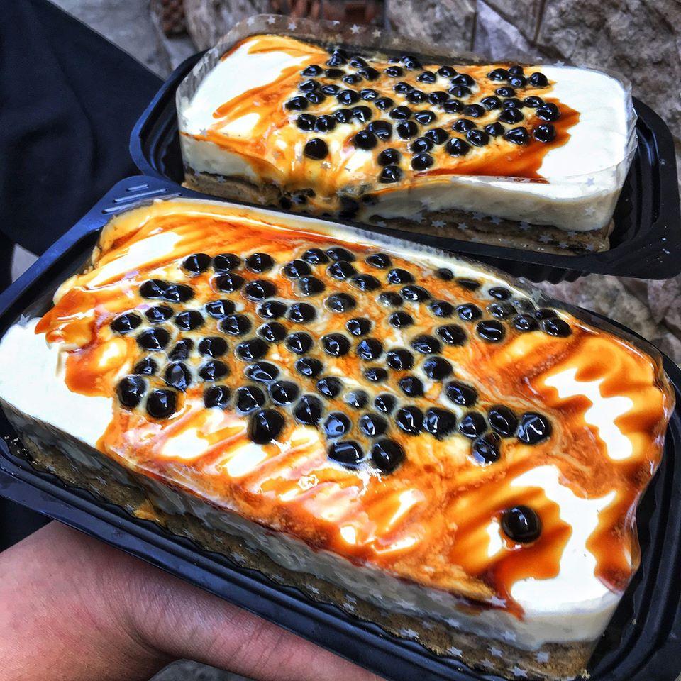 Cách làm bánh bông lan trân châu đường đen ngon hấp dẫn để bán